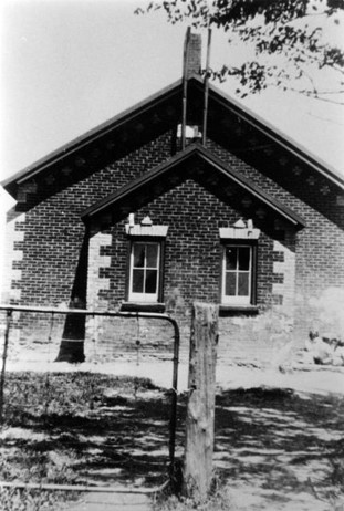 Hanlan Public School, c1900